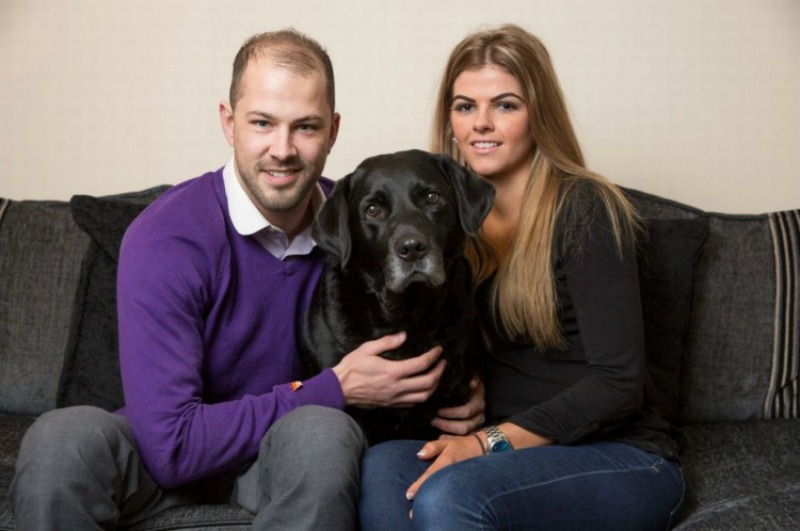 Perro salva la vida de su duena foto 1