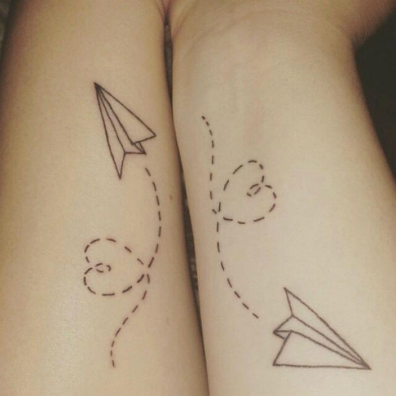 Tatuajes entre hermanas foto 13