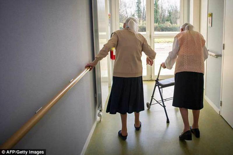 Las gemelas mas ancianas foto 3