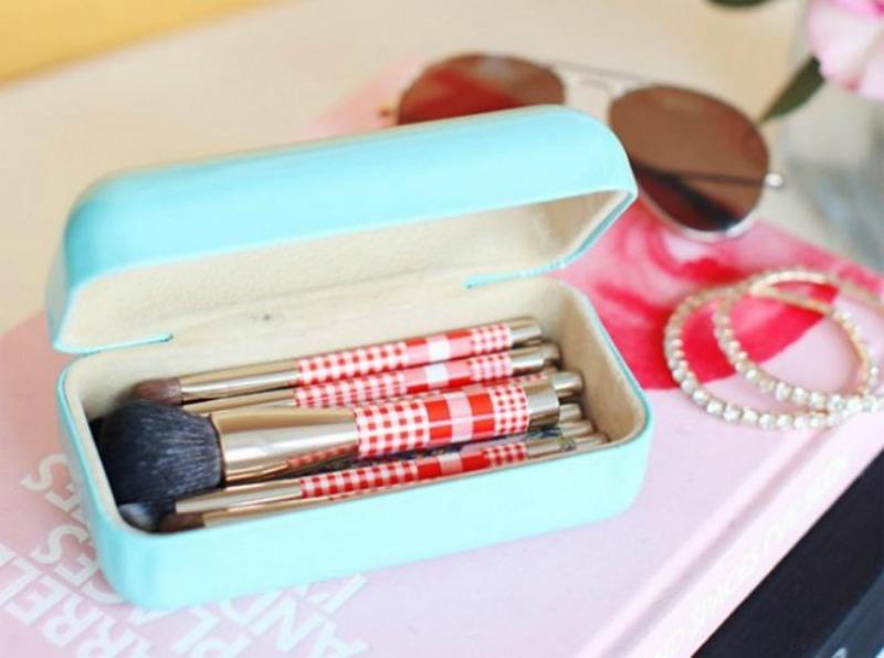 Almacenaje de cosmeticos 15