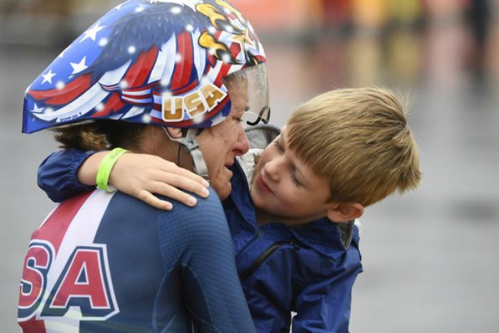 ciclista gana oro 6